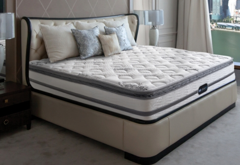 Simmons Beautyrest® Marina Bay image